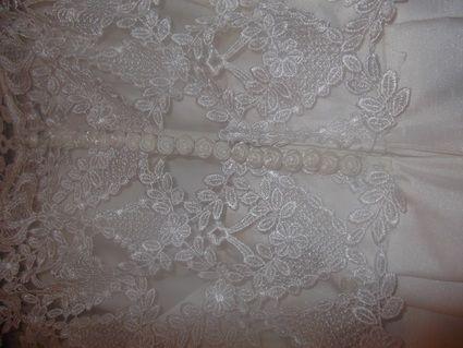 Robe de mariée pas cher en Nord Pas de Calais 2012 - Occasion du mariage