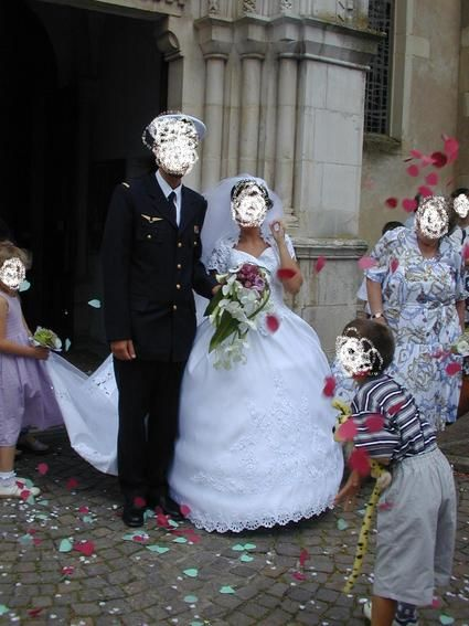 Robe de mariée pas cher Point Mariage modèle Pallas en satin blanc 2012 - Occasion du Mariage