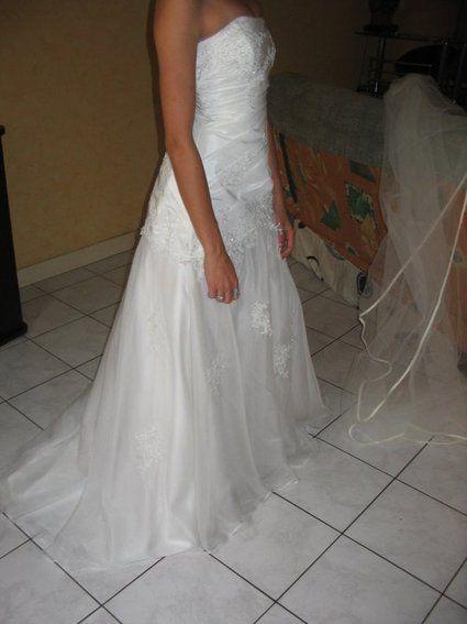 Robe de mariée pas cher taille 36 neuve - Occasion du Mariage
