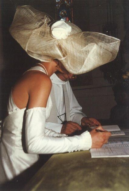 Robe de mariée d'occasion en soie sauvage couleur ivoire