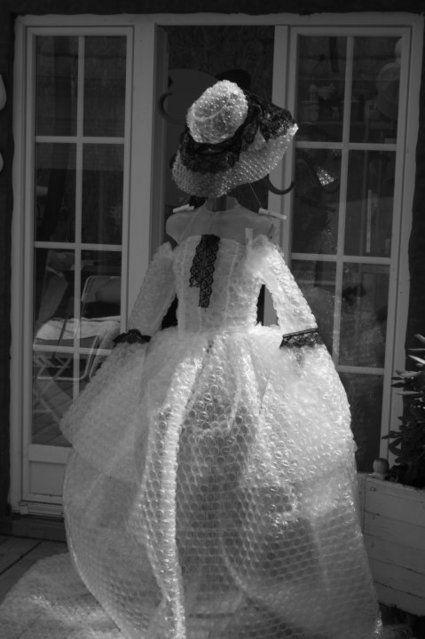 Robe de mariée éphémère très originale et pas cher - Occasion du mariage