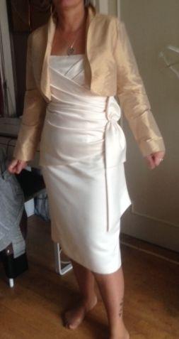 Ensemble robe de mariée courte et étole+ boléro doccasion