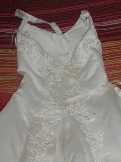 Robe de mariée + accessoires T36 d'occasion avec petite traîne