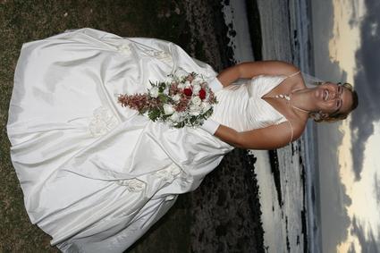 robe de mariée + jupon + mitaine + voile- Réunion