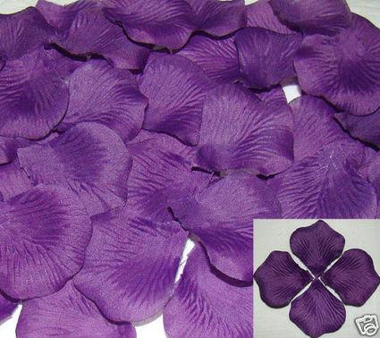Pétales violette décoration table mariage pas cher d'occasion 2012 - Picardie - Aisne - Occasion du Mariage