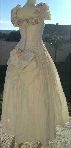 Robe de mariée pas cher achetée à Londres en occasion - Occasion du Mariage