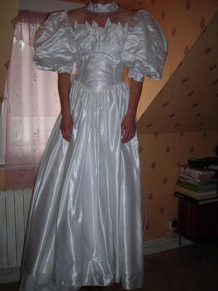 Robe de Mariée d'occasion avec voile et gants