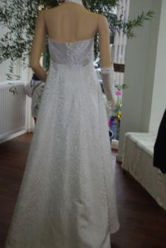 Robe mariée pas cher en satin T38 2012 - Occasion du mariage