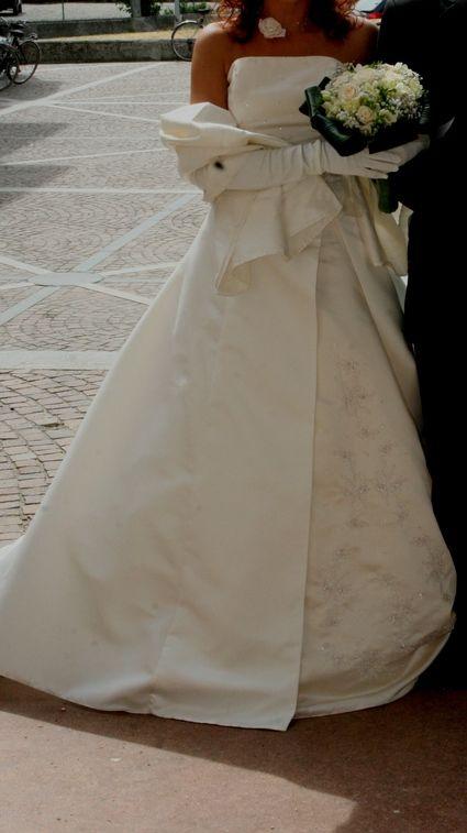 Magnifique robe de mariée pas cher d'occasion 2012 - Ile de France - Paris - Occasion du Mariage