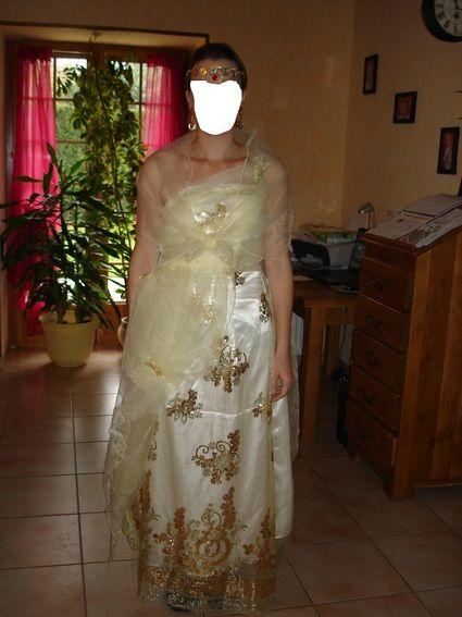 Robe et bijoux de mariée pas cher modèle Orient du Sud T40 - Occasion du Mariage