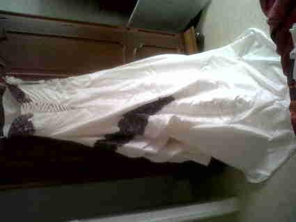 Robe de mariée Morelle d'occasion avec guêpière, gants et jupon