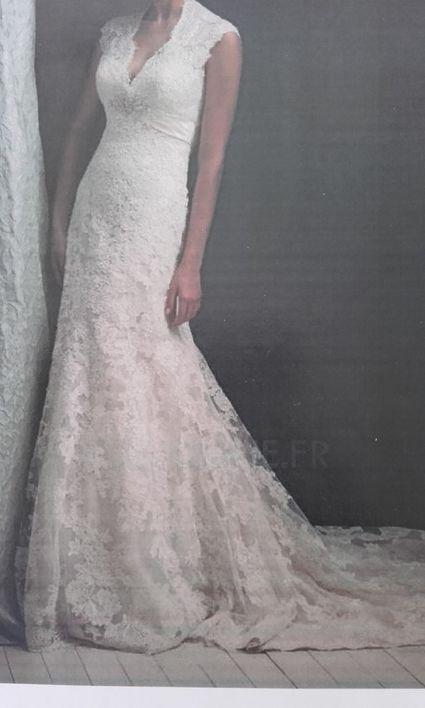 robe ivoire dentelle avec traîne - Allier