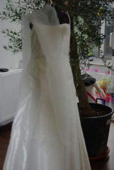 Robe de mariée pas cher ivoire T40 en Alsace 2012 - Occasion du mariage