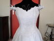 Robe mariée brodée blanche neuve - Occasion du Mariage