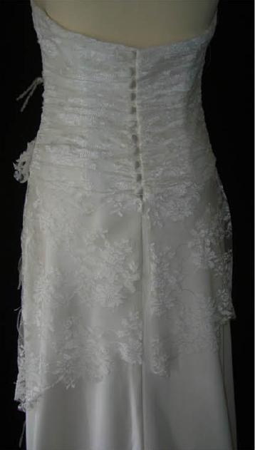 Robe de mariée d'occasion et pas cher en satin et dentelles - Occasion du Mariage