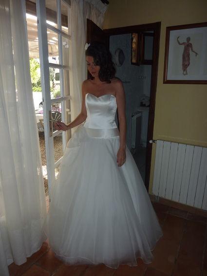 Robe de Mariée Futur de Cymbelline + jupon pas cher en 2012 - Occasion du Mariage