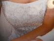 Robe de mariée pas cher perles nacré 2012 - Occasion du Mariage