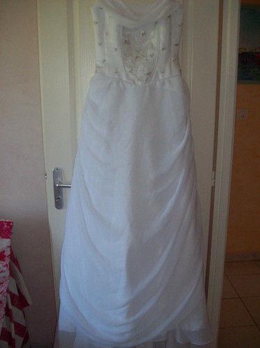robe de mariée taille 40 pas cher d'occasion 2012 - Aquitaine - Gironde - Occasion du Mariage