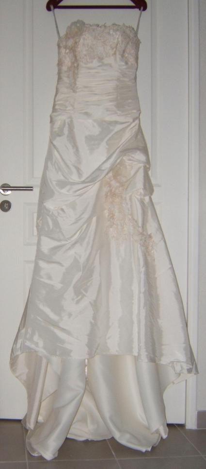 Robe de mariée illy tulle ivoire + voile + jupon + mitaines pas cher