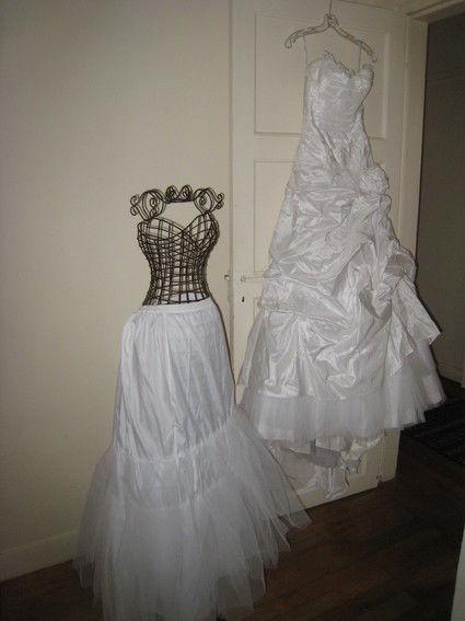 Robe de mariée Cymbeline Eliabel 2012, bustier en dentelle de calais