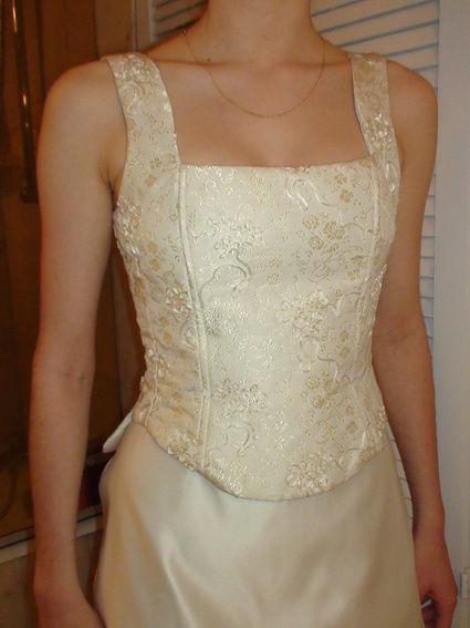 Robe de mariée de Princesse (bustier et jupe)
