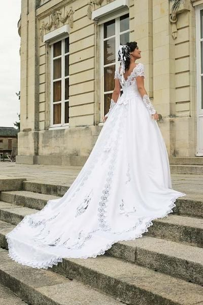 Robe Mariée Princesse Blanche Longue Traine - Oise