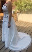 Robe de mariée point mariage ivoire et Bordeaux  - Occasion du Mariage