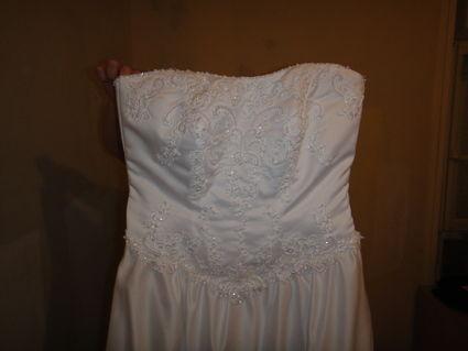 Robe de mariée pas cher + alliance 2012 - Occasion du Mariage