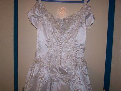Robe de mariée pas cher avec bustier perlé - Occasion du mariage