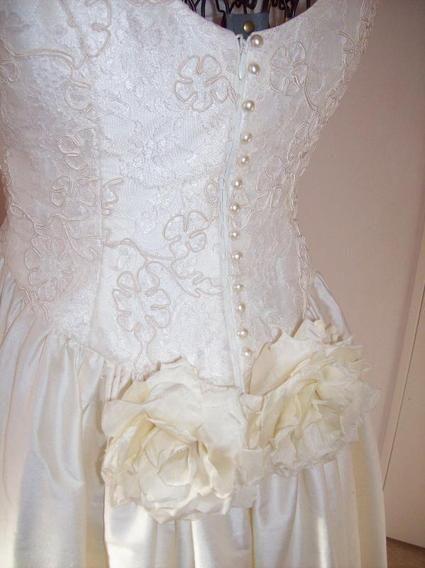 Robe de mariee laval pas cher