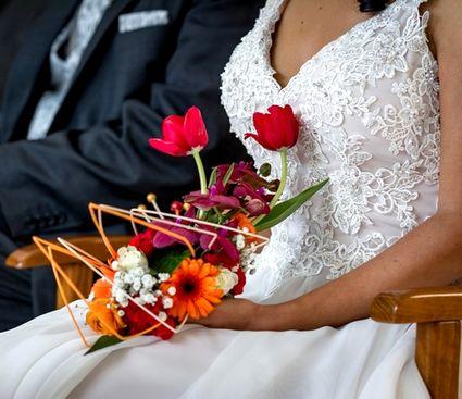 Robe de mariée luxe T38, unique avec traîne rétractable - Ile et Vilaine