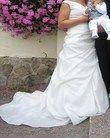Robe mariée ivoire en taffetas, broderies sur le bustier pas cher en 2012