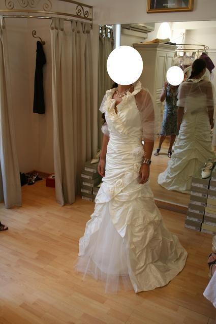 Magnifique robe de mariée Linea Raffaelli d'occasion