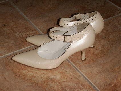 Chaussures de mariée d'occasion pointure 36 - Pays de la Loire - Mayenne