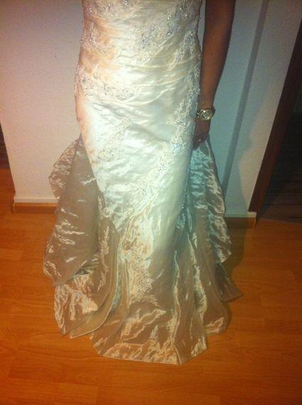 Robe de mariée Pronovias Barcelona Ivoire pas cher d'occasion 2012 - Alsace - Rhin (Haut) - Occasion du Mariage