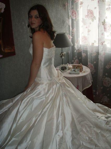 Robe de mariée unique de manuel mota/Pronovia 2009