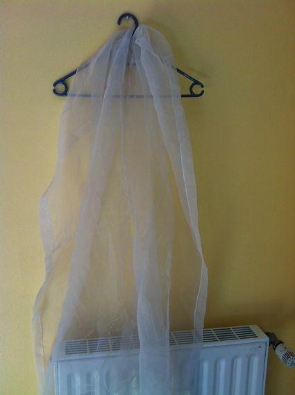 Robe de mariée Pronovias d'occasion ivoire et champagne avec jupon et étole
