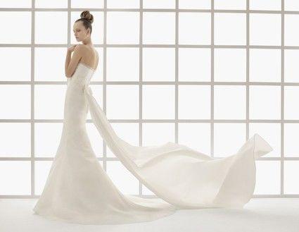 Robe de mariée Lilian de Rosa Clara , bustier en perle et dentelle- Occasion du Mariage