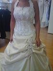 Robe de mariée jamais portée couleur champagne  pas cher 2012 - Occasion du Mariage