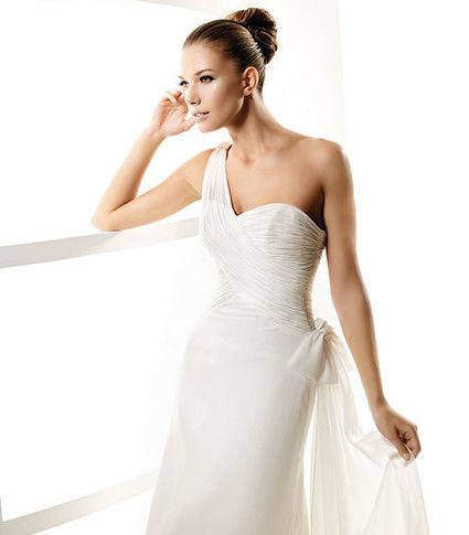 Robe de mariée La Sposa modèle Labor type greco-romaine