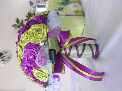 Bouquet et urne - Indre