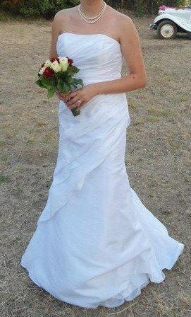 Robe de mariée Just for You, bustier perlé et laçage dans le dos