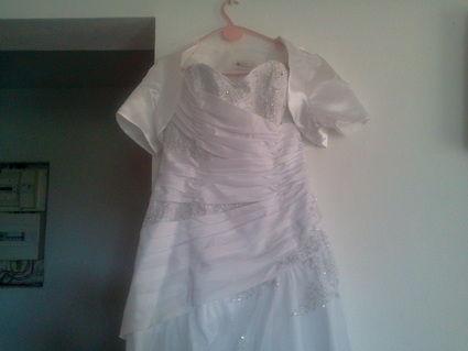 Robe de mariée d'occasion bustier + boléro taille 42