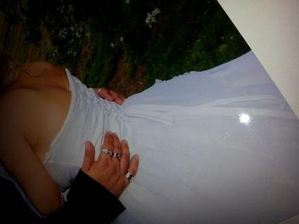 Robe de mariée blanche bustier 36-38 d'occasion
