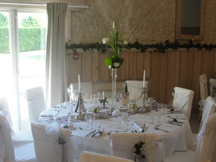 Location ou vente de décoration de mariage très romantique