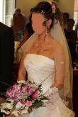 Magnifique robe de mariée d'occasion + accessoires de mariage pas cher 2012 - Occasion du mariage