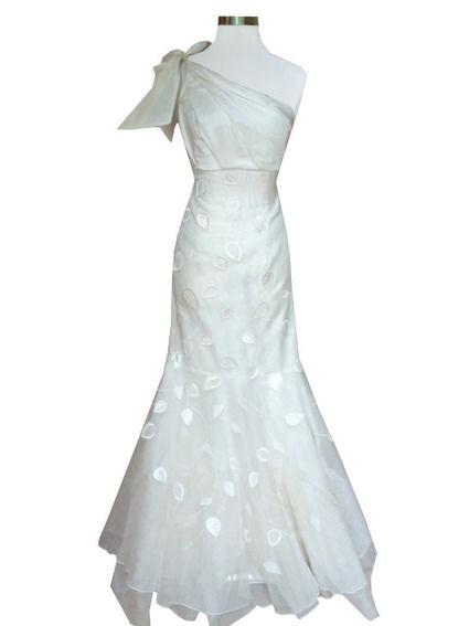Robe de mariée Ode en soie et organza à Paris