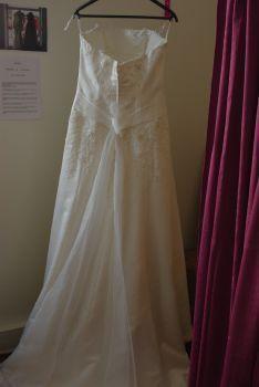 Robe de mariée bustier pas cher en Alsace 2012 - Occasion du mariage