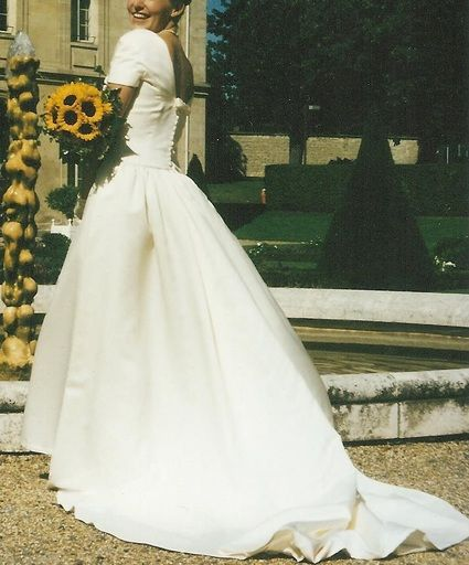 Robe de mariée d'occasion Pronovias Costura avec jupon