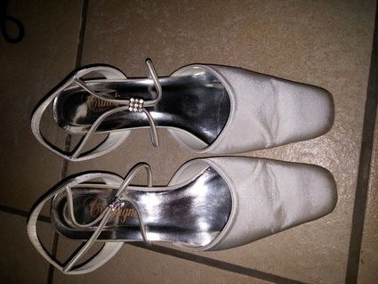 Chaussures blanches T38 pour mariage en occasion - Rhin (Bas)